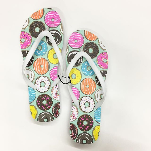 2017 fashion prints - Donut Flip Flop Walmart Finds