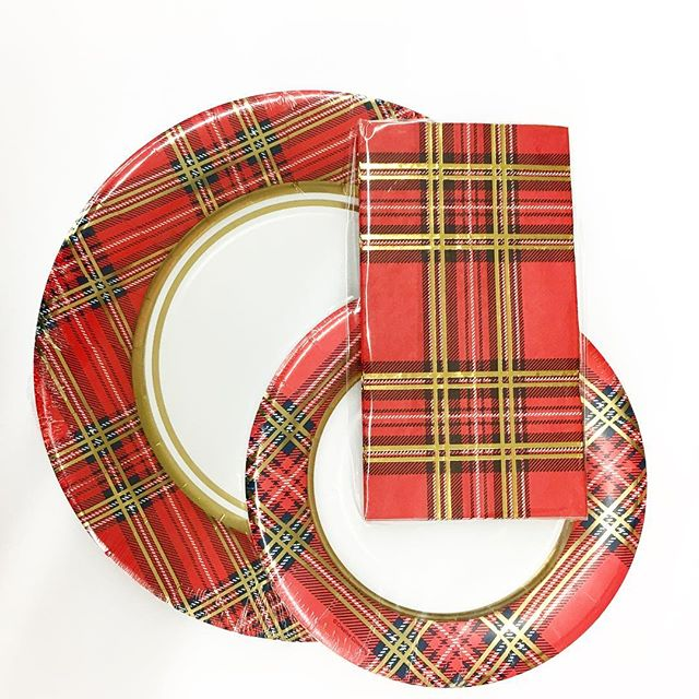 These pretty plaid paper plates and napkins would make Christmas dinner cleanup a breeze! Found in-store for $1.97 each!  sc 1 st  Walmart Finds & Plaid Plates | Walmart Finds