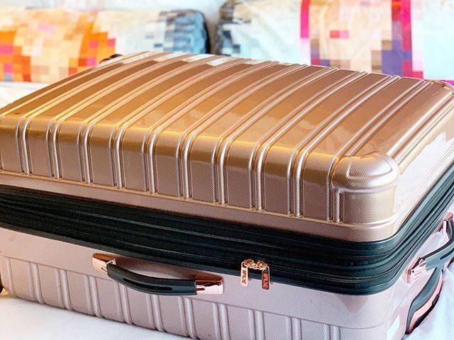 iFLY Hard Sided Fibertech Luggage
